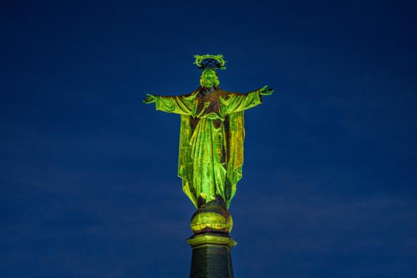 Jezus Waaghals groen aangelicht